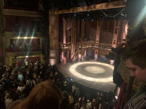 CIBC Theatre, sección: Mezzanine R, fila: B, asiento: 20
