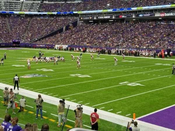 U.S. Bank Stadium, sección: 124, fila: 11, asiento: 19