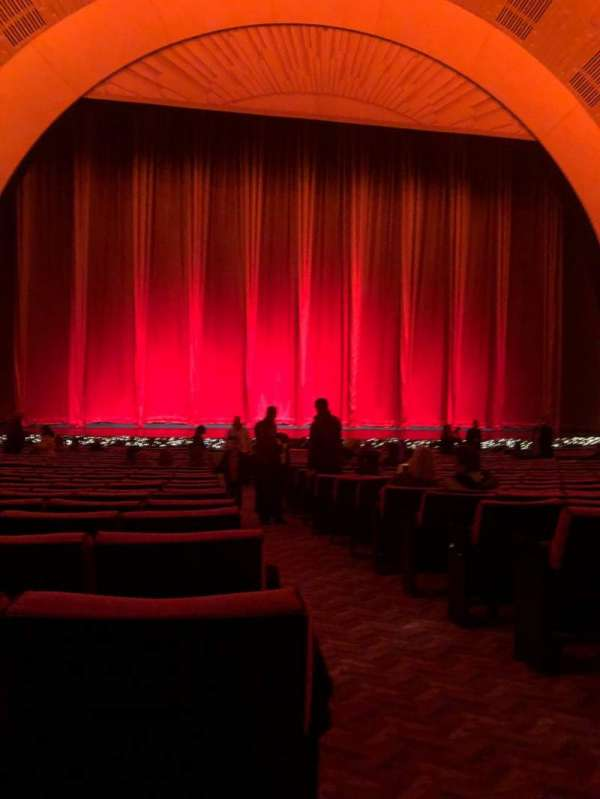 Radio City Music Hall, sección: Orchestra 5, fila: XX, asiento: 501
