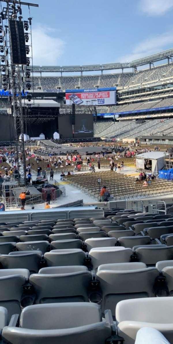 MetLife Stadium, sección: 129, fila: 20, asiento: 7