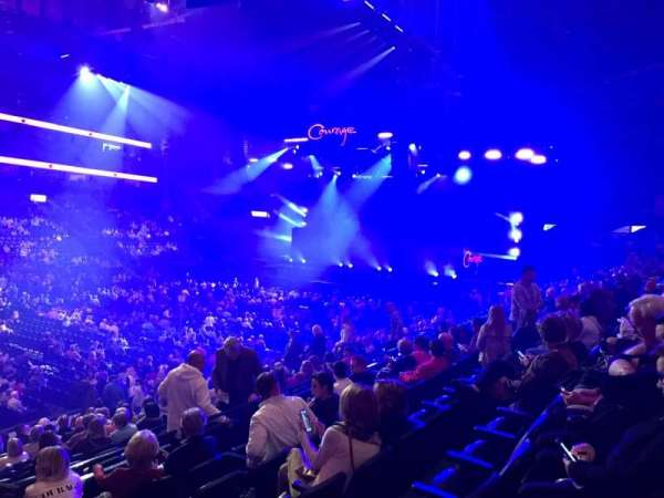 Bridgestone Arena, sección: 104, fila: F, asiento: 21