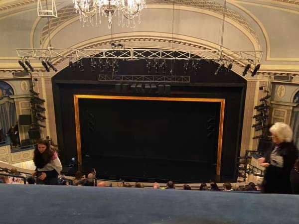 Ambassador Theatre, sección: Rear Mezzanine RC, fila: C, asiento: 122