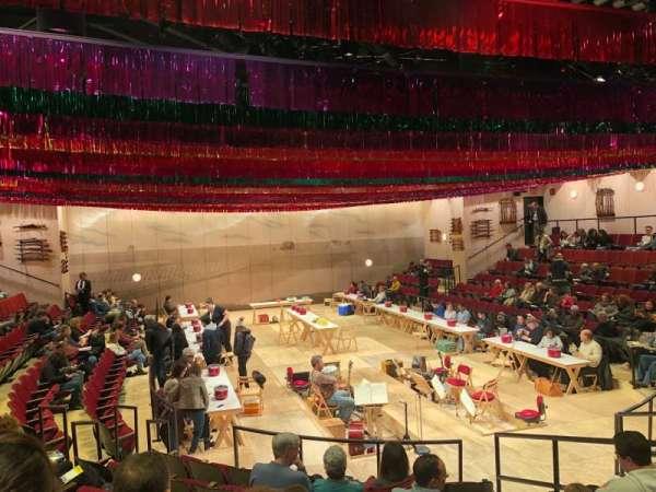 Circle in the Square Theatre, sección: Orchestra 100 (Odd), fila: H, asiento: 115