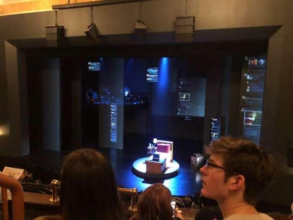 Music Box Theatre, sección: Mezzanine R, fila: C, asiento: 4
