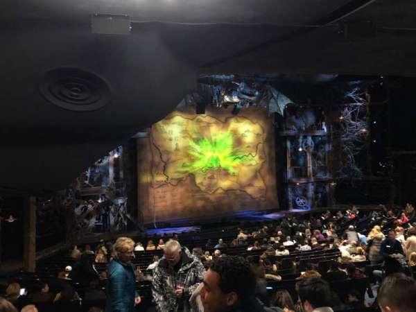 Gershwin Theatre, sección: Orchestra L, fila: X, asiento: 33