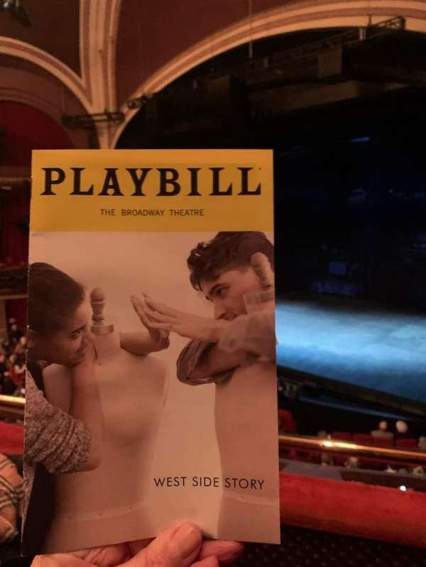 Broadway Theatre - 53rd Street, sección: Front Mezzanine R, fila: B, asiento: 9