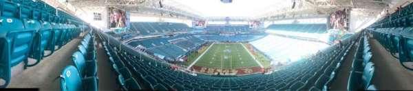 Hard Rock Stadium, sección: 332, fila: 24, asiento: 14