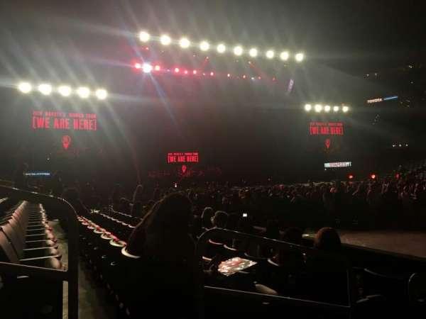Staples Center, sección: 110, fila: 4, asiento: 3