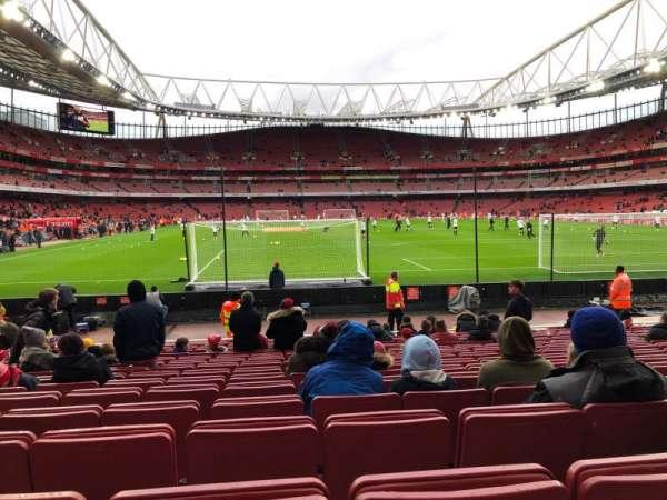 Emirates Stadium, sección: 26, fila: 15, asiento: 795