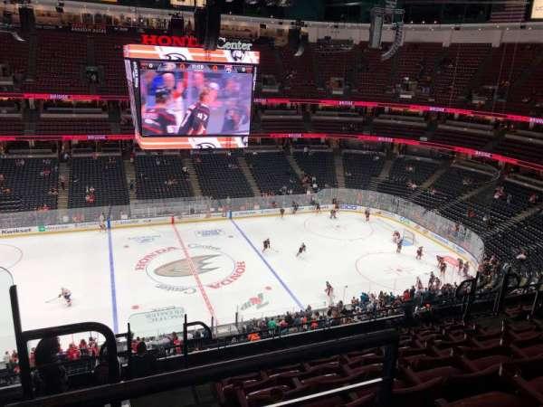 Honda Center, sección: 412, fila: K, asiento: 14