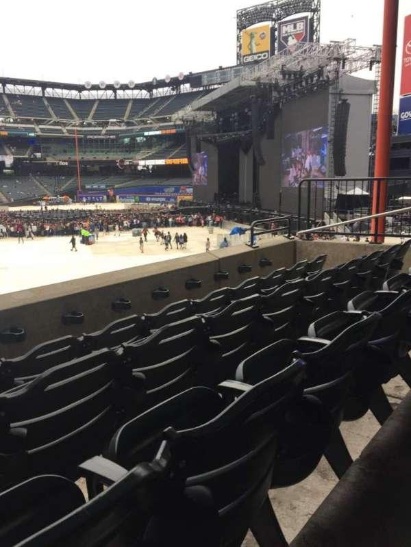 Citi Field, sección: 131, fila: 6, asiento: 4