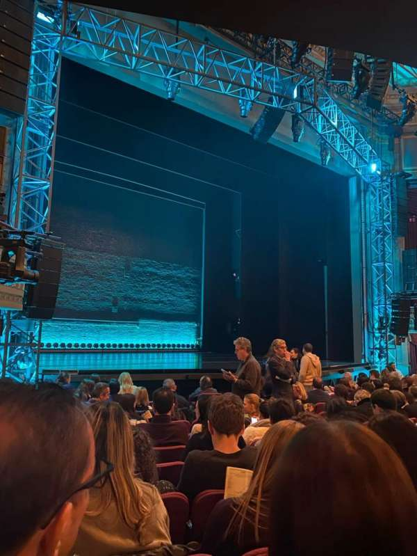 Broadhurst Theatre, sección: Orchestra L, fila: L, asiento: 17