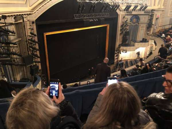 Ambassador Theatre, sección: Rear Mezzanine L, fila: B, asiento: 17
