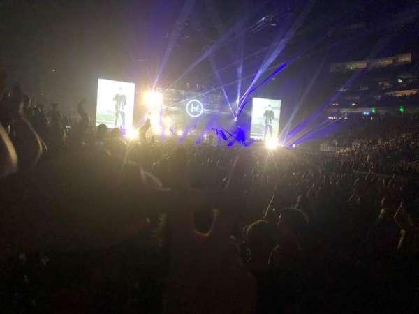 State Farm Arena, sección: 117, fila: CC, asiento: 2