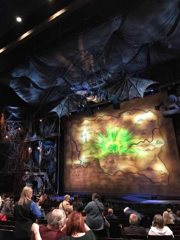 Gershwin Theatre, sección: Orchestra, fila: L, asiento: 10