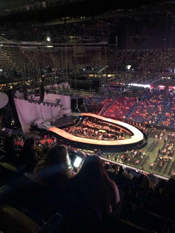 Smoothie King Center, sección: 400, fila: 16, asiento: 2