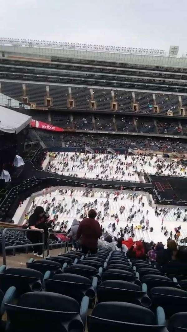 Soldier Field, sección: 440, fila: 23, asiento: 3