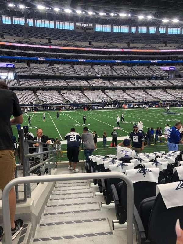 AT&T Stadium, sección: C113, fila: 9, asiento: 19-20