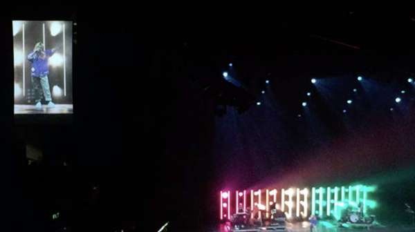 Staples Center, sección: 207, fila: A