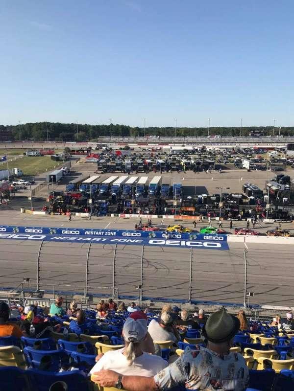 Darlington Raceway, sección: Tyler Tower V, fila: 18, asiento: 17