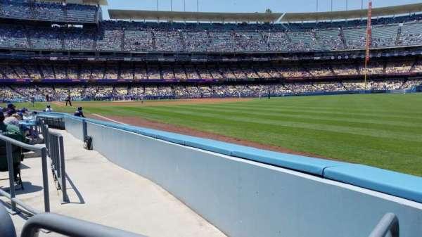 Dodger Stadium, sección: 46FD, fila: A, asiento: 14