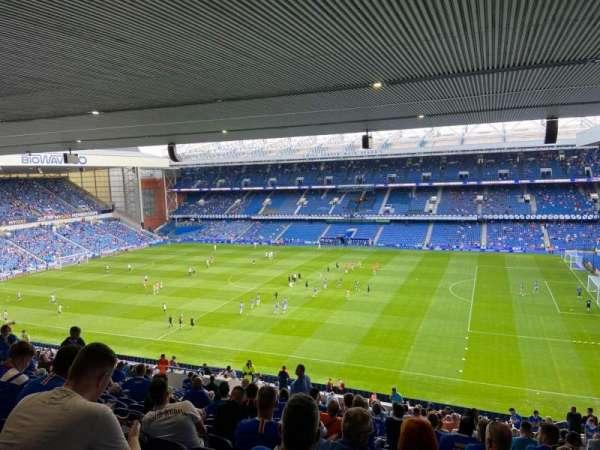 Ibrox Stadium, sección: Sandy Jardine Rear, fila: Z, asiento: 0031