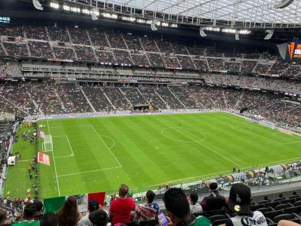 Allegiant Stadium, sección: 342, fila: 6, asiento: 20