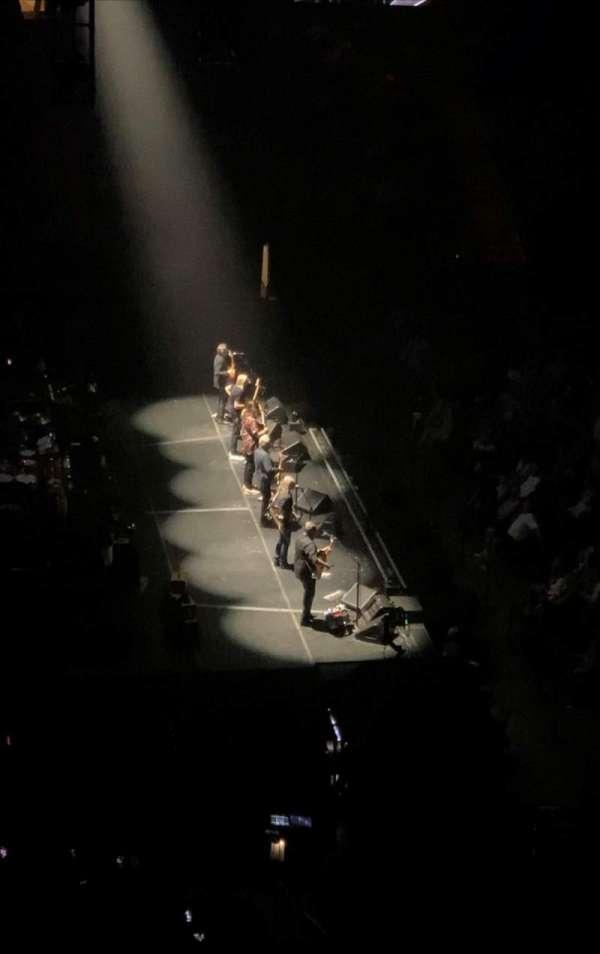 Madison Square Garden, sección: 222, fila: 12, asiento: 15