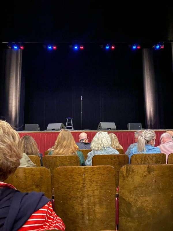 Lyric Performing Arts Center, sección: ORCH, fila: B, asiento: 119
