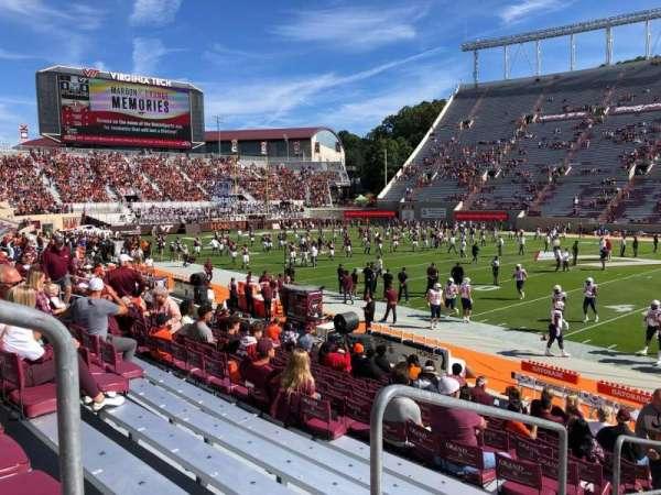 Lane Stadium, sección: 7, fila: Q, asiento: 2