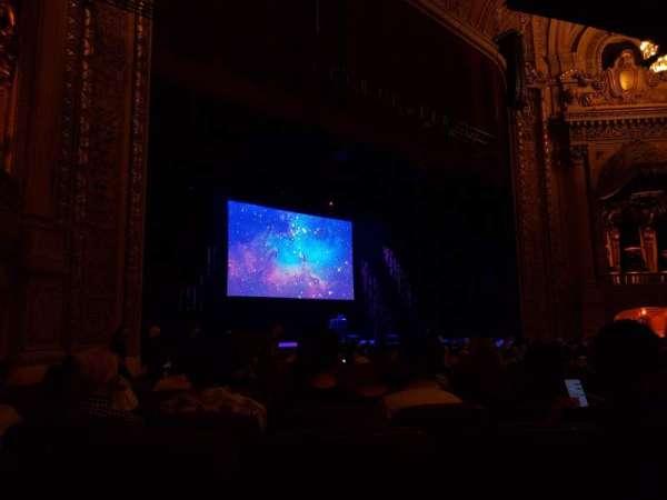 Chicago Theatre, sección: MNFL2L, fila: E, asiento: 217