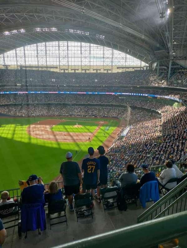 American Family Field, sección: 439, fila: 9, asiento: 14