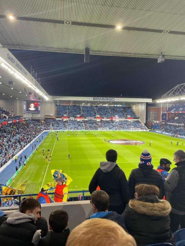 Ibrox Stadium, sección: BR5, fila: K, asiento: 147
