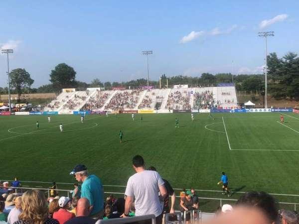 Dillon Stadium, sección: 8, fila: P, asiento: 23