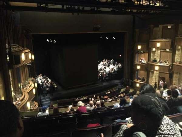Goodman Theatre - Albert Theatre, sección: Aisle 7, fila: HH, asiento: 38