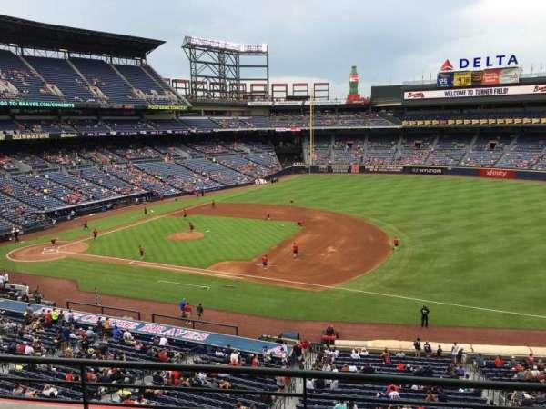 Turner Field, sección: 315R, fila: 3, asiento: 8