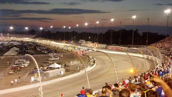 Richmond International Raceway, sección: Dogwood I, fila: 10, asiento: 4
