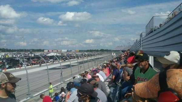 Darlington Raceway, sección: Wallace T, fila: 15, asiento: 25