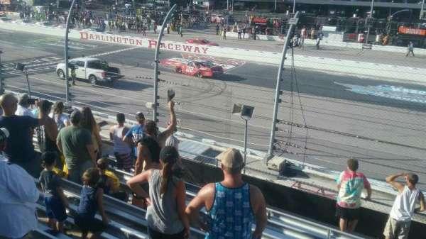 Darlington Raceway, sección: Wallace I, fila: 15, asiento: 17