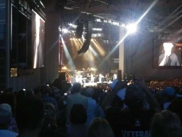PNC Music Pavilion , sección: 9, fila: W, asiento: 35