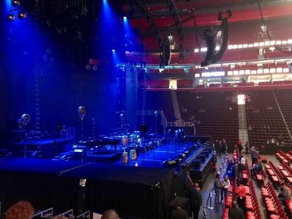 Little Caesars Arena, sección: 125, fila: 10, asiento: 1