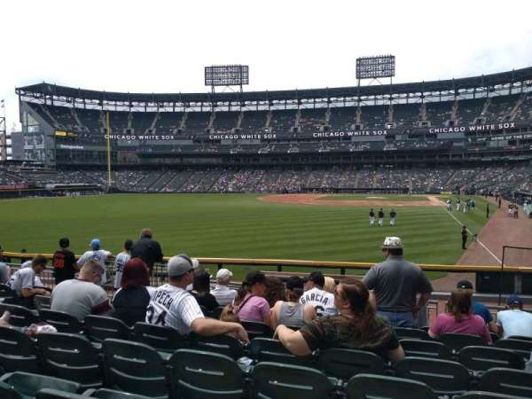 Guaranteed Rate Field, sección: 157, fila: 15, asiento: 11