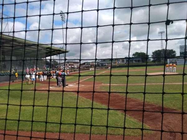 Ashford University Field, sección: S, fila: A, asiento: 5