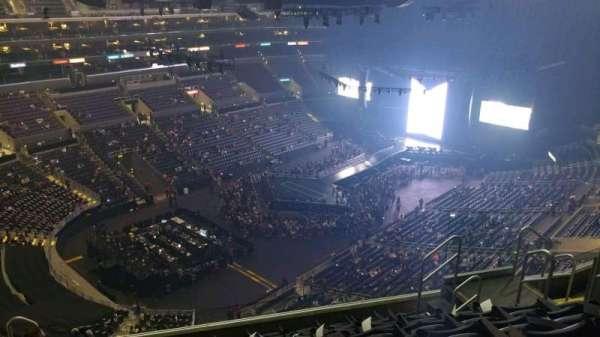 Staples Center, sección: 305, fila: 8, asiento: 9