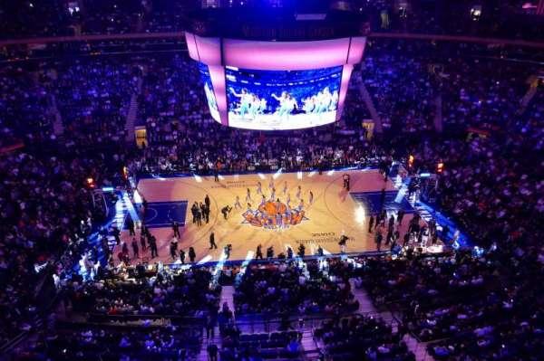 Madison Square Garden, sección: 313, fila: 1, asiento: 4