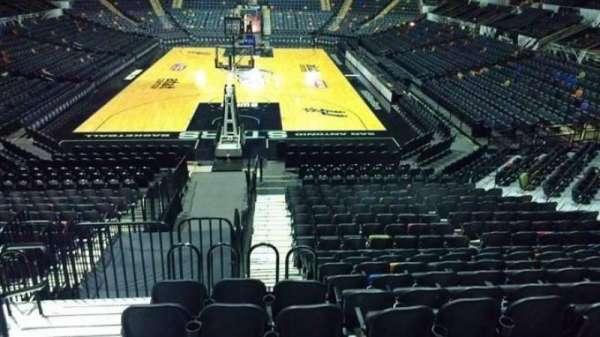 AT&T Center, sección: 114, fila: 18, asiento: 3