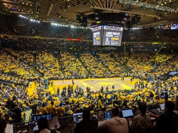 Oracle Arena, sección: C11, fila: 2, asiento: 2