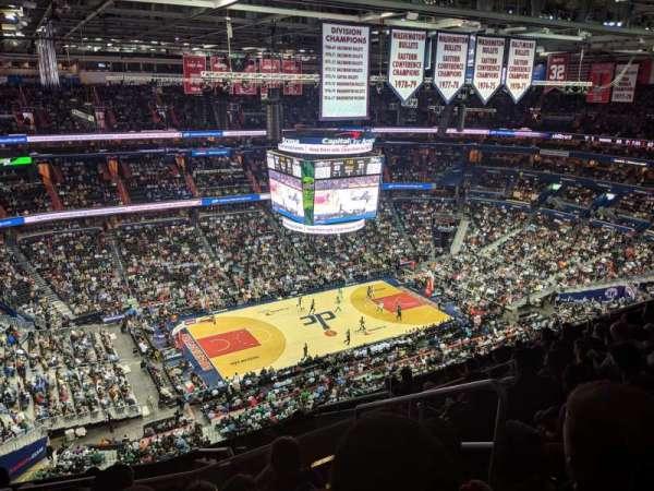 Capital One Arena, sección: 431, fila: M, asiento: 21