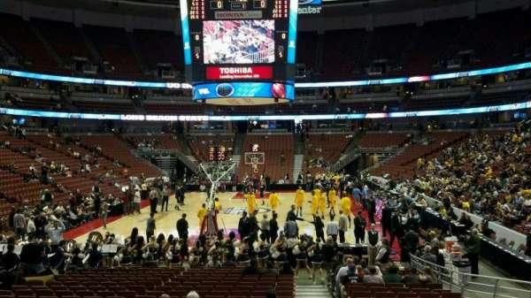Honda Center, sección: 215, fila: N, asiento: 1