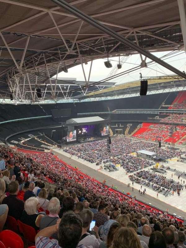 Wembley Stadium, sección: 521, fila: 30, asiento: 230